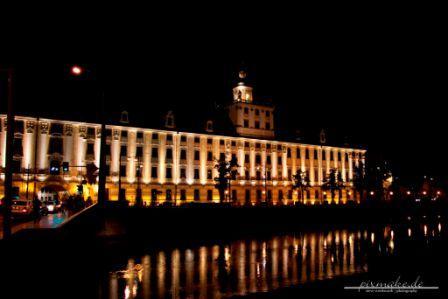 Breslau - Universität bei Nacht