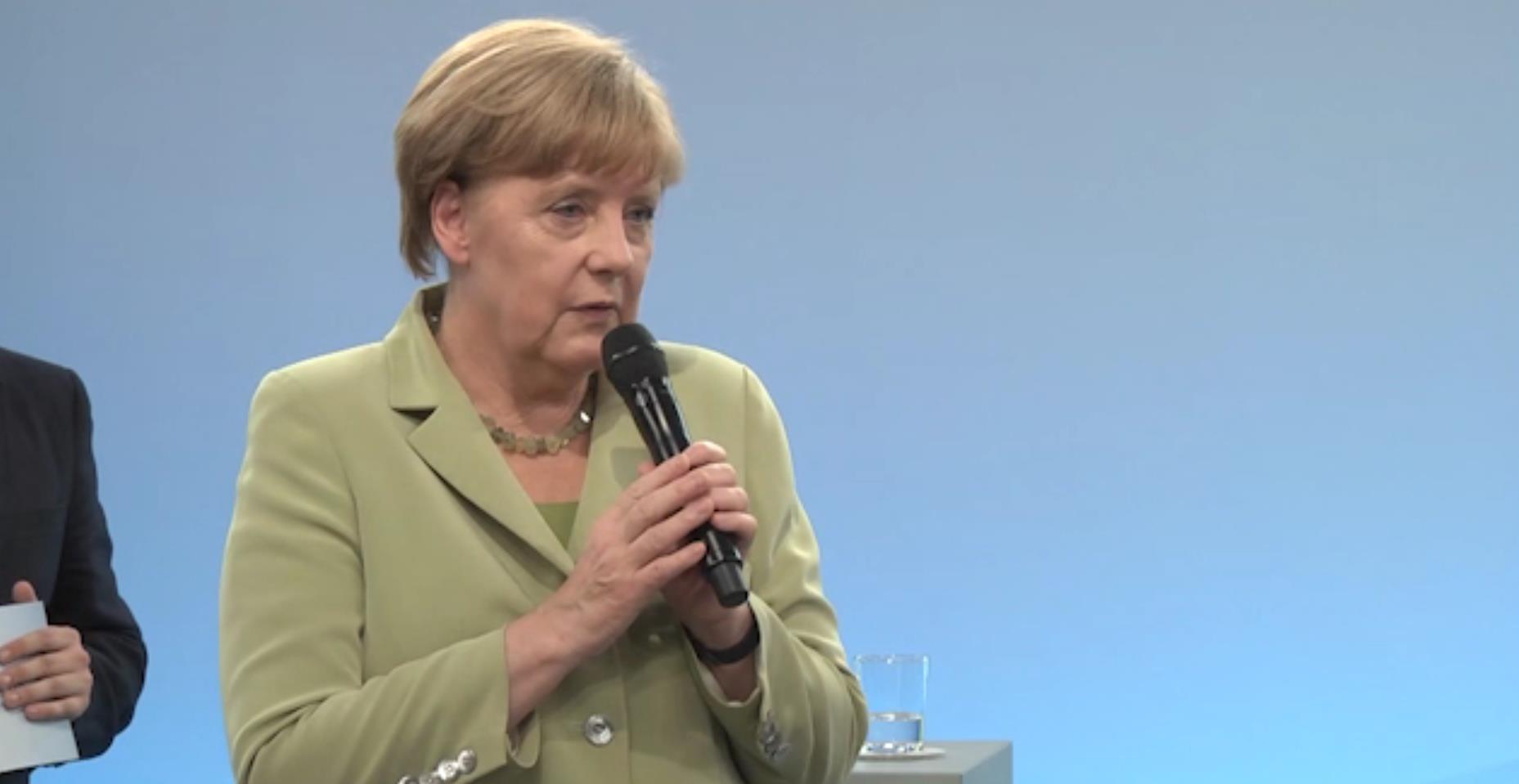 Merkel Dialog mit Jugendlichen