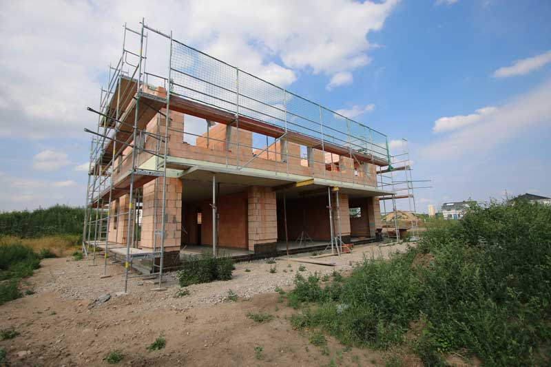Hausbau - Mauerwerk Erd- und Obergeschoss