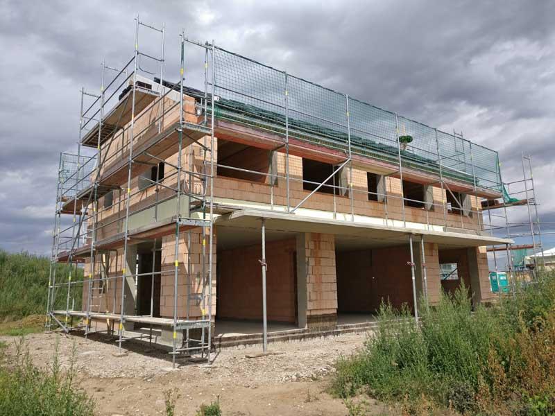 Hausbau - Mauerwerk inkl. Dachstohl